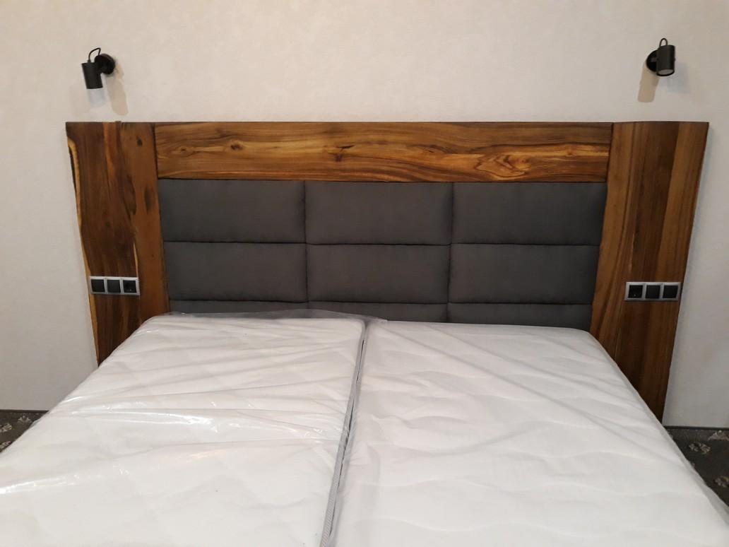 Ліжко дерев`яне